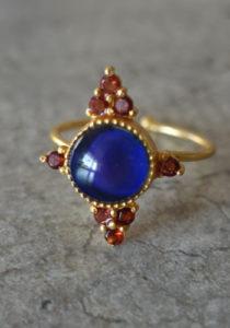 gold handmade mood ring with garnet stones