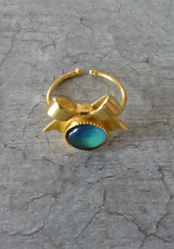 gold bow mood ring